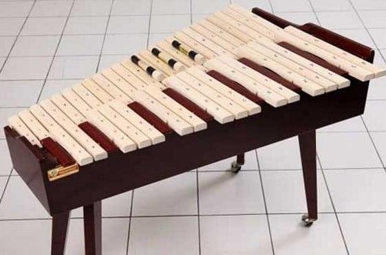 Alat Musik Kolintang