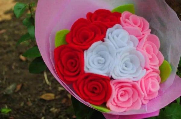 Bunga dari Kain Flenel